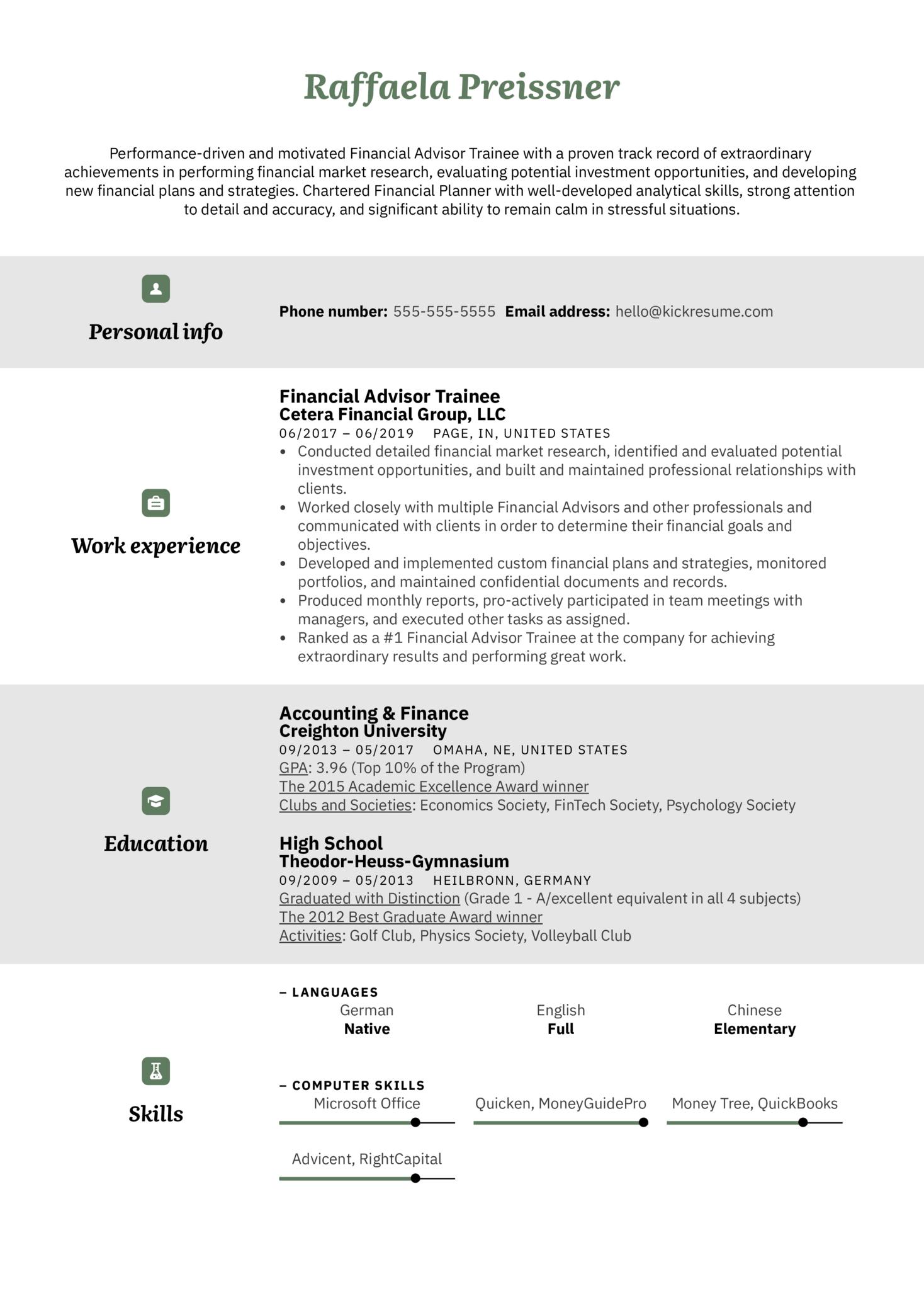 Financial Advisor Trainee Resume Example (parte 1)