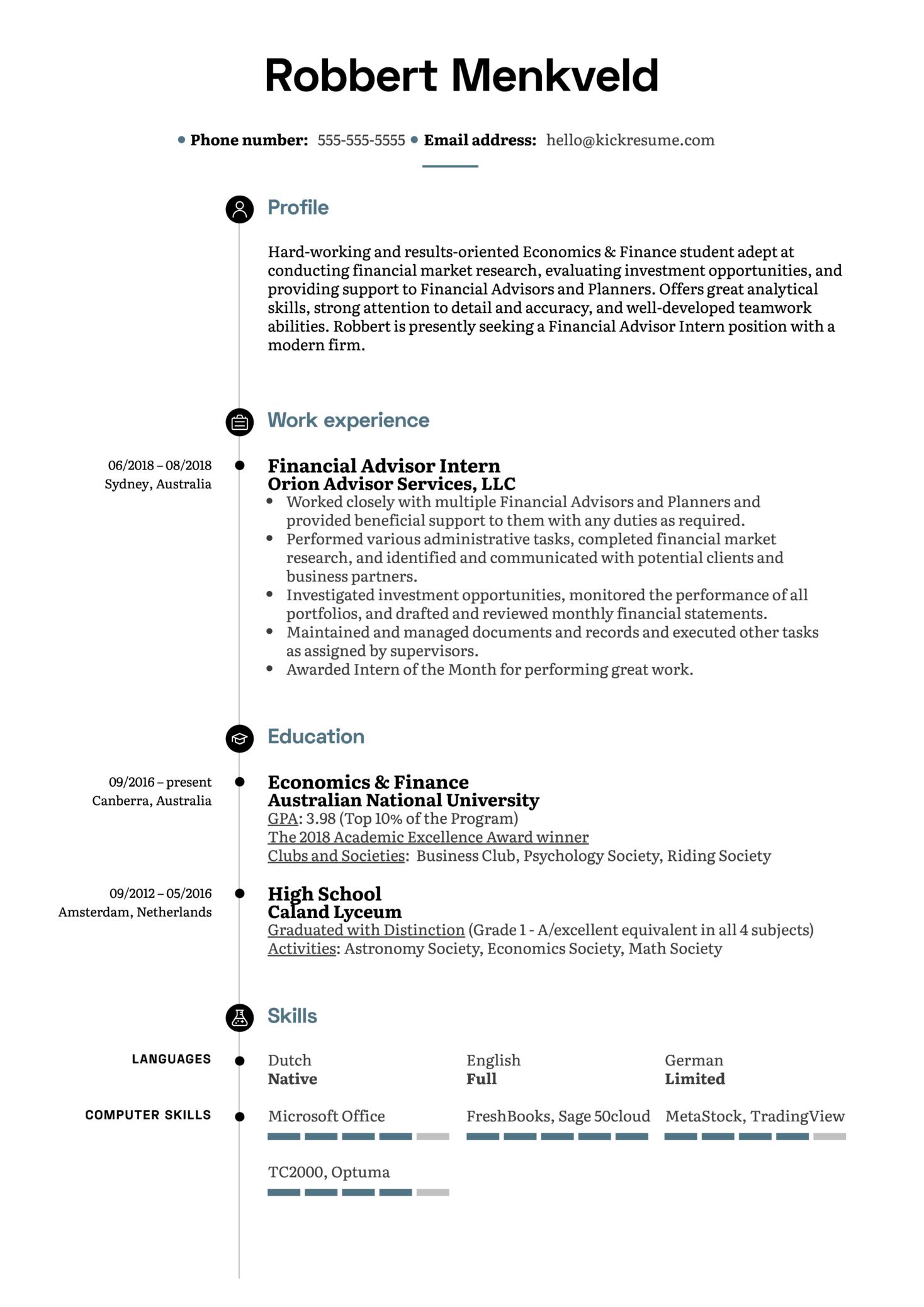 Financial Advisor Intern Resume Example (Teil 1)