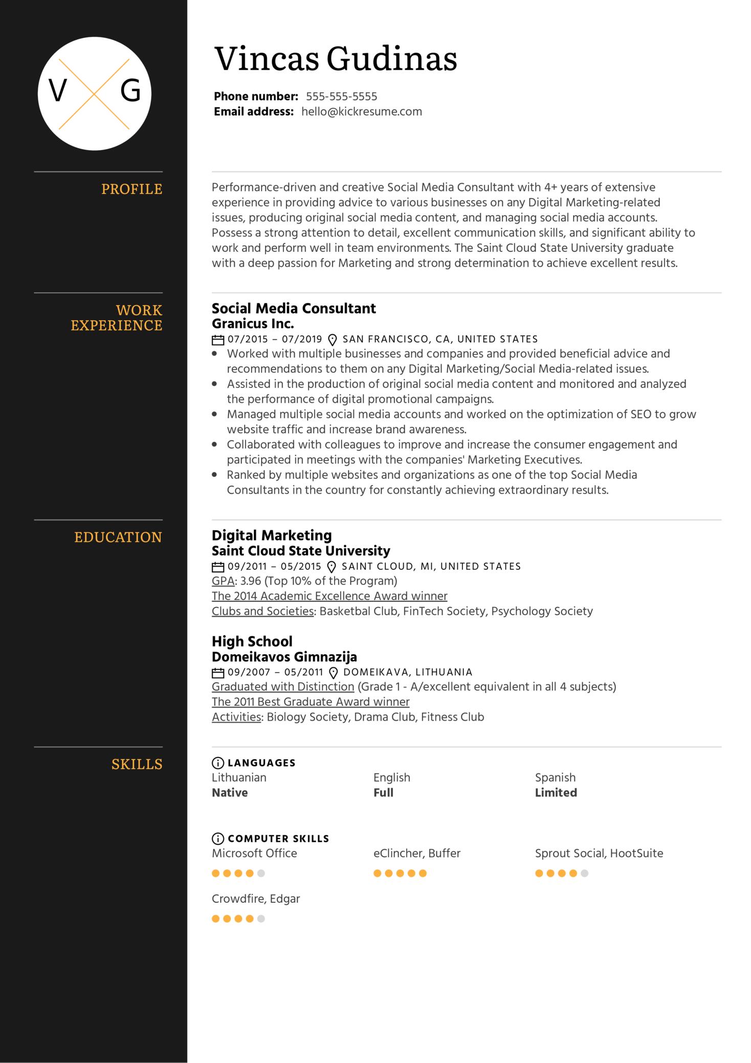 Social Media Consultant Resume Example (Part 1)